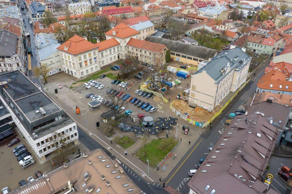 دعوة مفتوحة: مسابقة معمارية دولية لإعادة بناء مجمع مباني قصر جونوشاس رادفيلا في متحف للفنون في فيلنيوس ، ليتوانيا