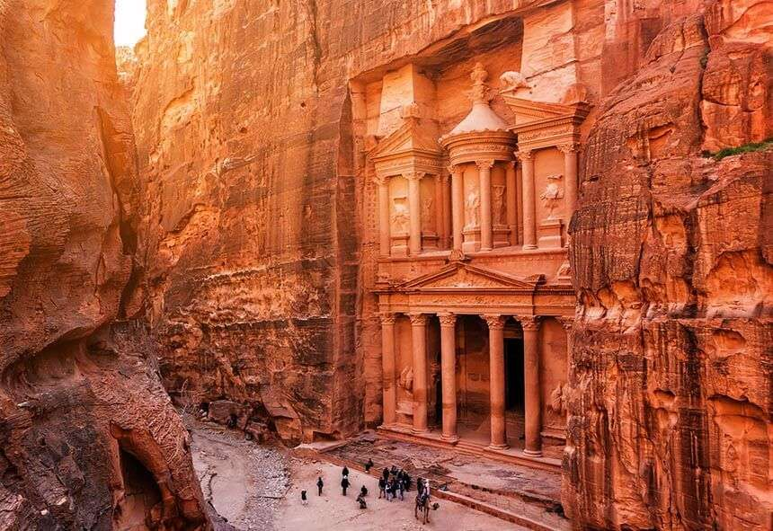 Architectural wonders are the Seven Wonders of the World